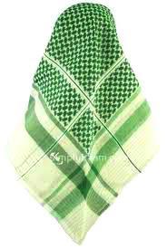 Imam Wahabi Menyerupai Pendeta Yahudi memakai ghurtah kain penutup kepala (tapi bukan sorban/turban)4